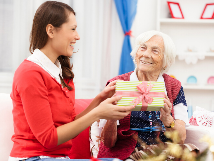 Holidays with loved ones in assisted living | Cottage Grove Place